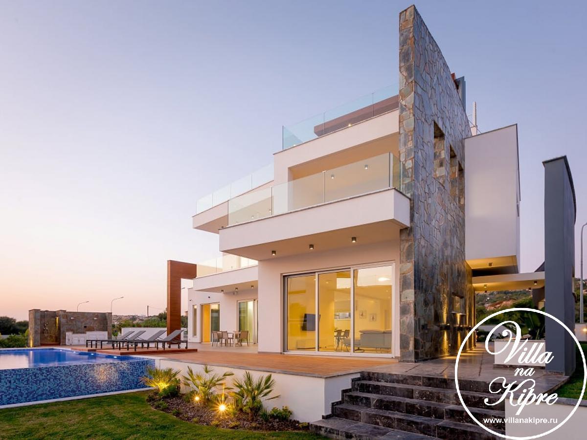 Недвижимость на кипре у моря недорого болгария купить студию